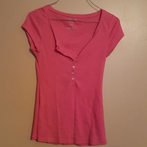 Pink old navy tee size small